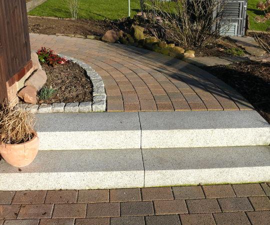 Gartengestaltung wieneke uslar referenzen treppen im for Gartengestaltung treppe
